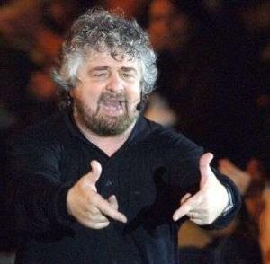 La favola dell'antipolitica. Persino Napolitano ha paura di Beppe Grillo
