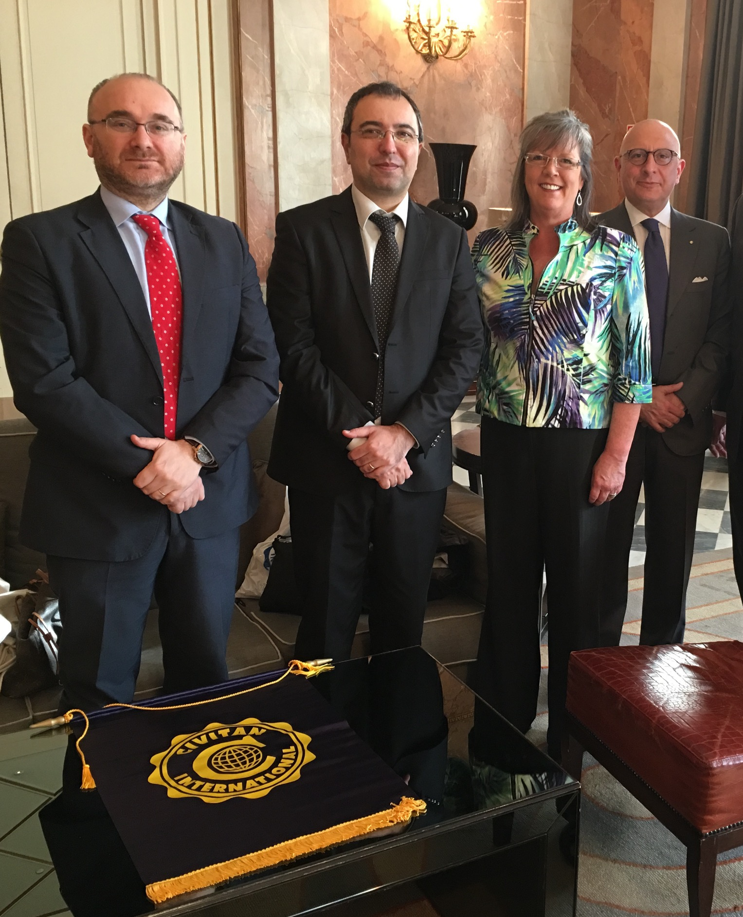 Civitan International conferisce Honorary Membership a VicePresidente Croce Rossa