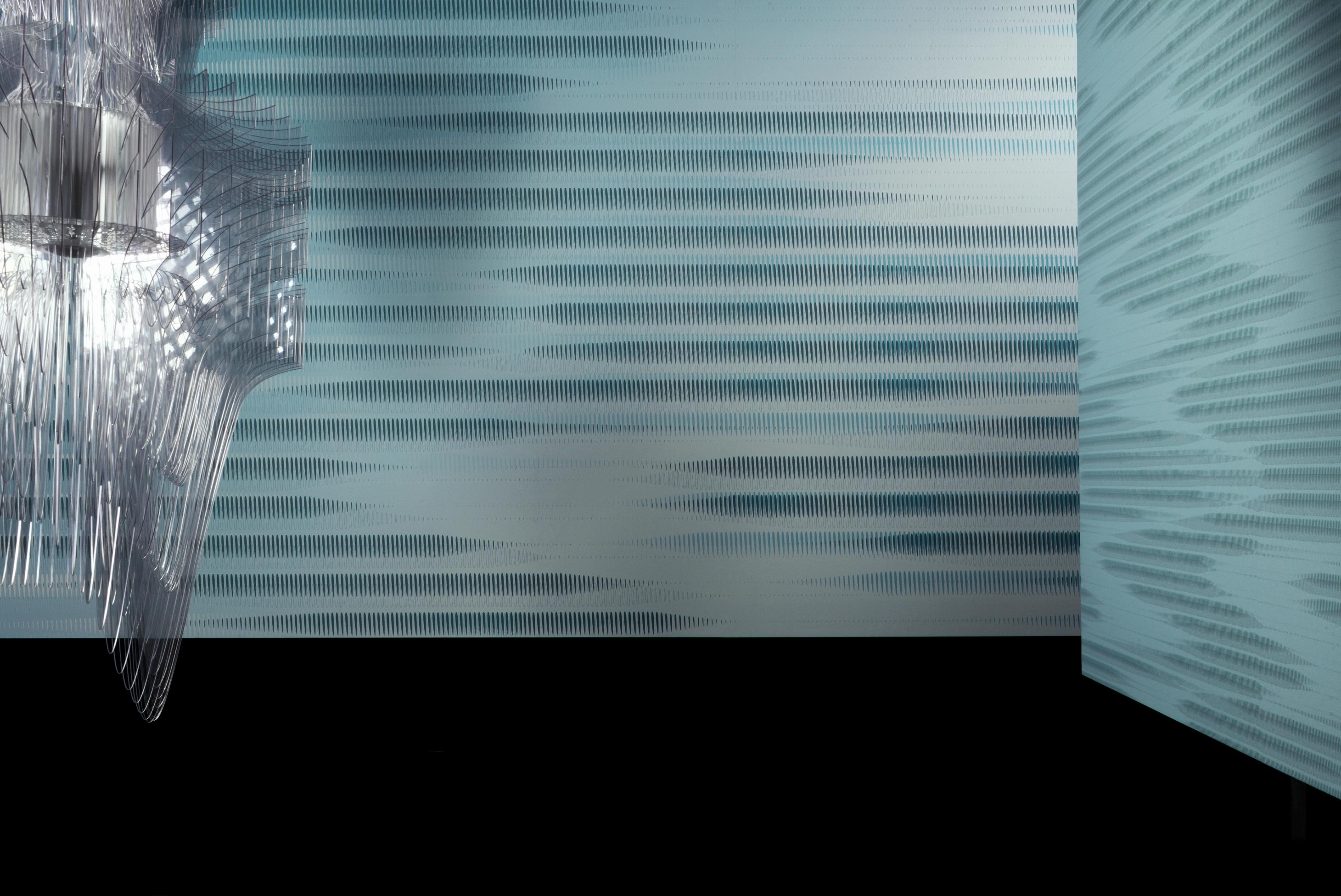 """MARBURG celebra la prestigiosa firma del design internazionale ZAHA ADID con """"HOMMAGE"""": una collezione in tiratura limitata di carte da parati che sono vere e proprie opere d'arte. Distribuite in esclusiva sul mercato italiano da AGENA."""