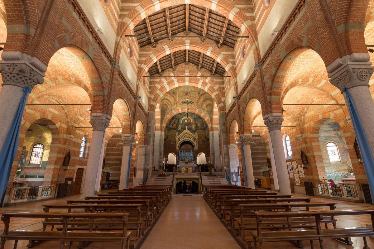 Disano illumina la basilica di Santa Maria di Caravaggio a Milano