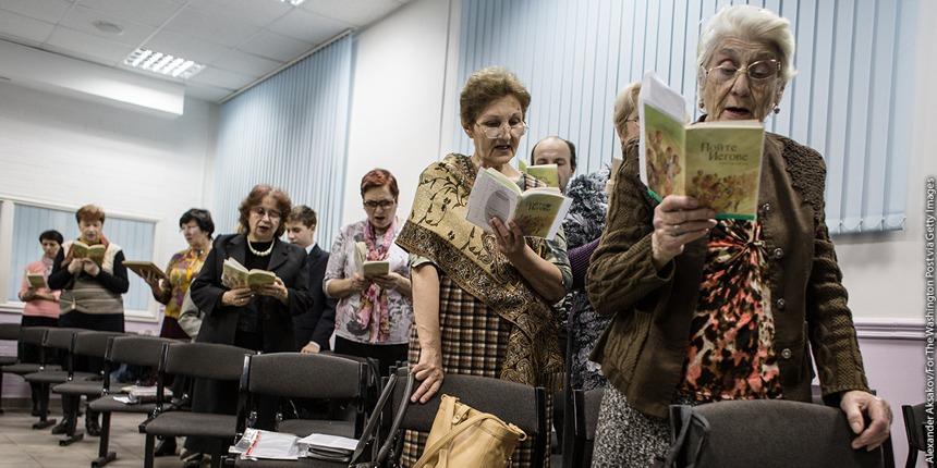 La Russia vuole proscrivere i Testimoni di Geova. La decisione finale il 12 ottobre