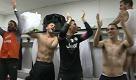 Juventus, i festeggiamenti nello spogliatoio: I campioni dellItalia siamo noi - La Repubblica
